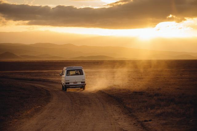 Jak najlepiej jeździć do pracy czy na wakacje prywatnym autem tak czy nie?
