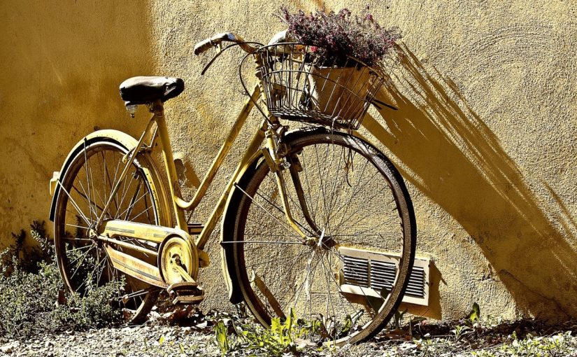 Każdy miłośnik jazdy rowerowej z pewnością oczekuje, aż wszelakie śniegi i lody opuszczą już w zapomnienie.